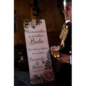 cartel bienvenida boda con soporte
